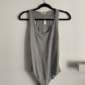 Tops - GRAY BUTTON ONSIE VARIOUS SIZES